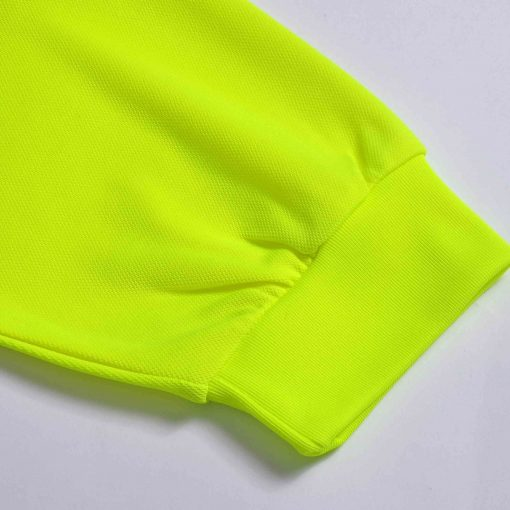 polera fluor con cinta reflectante